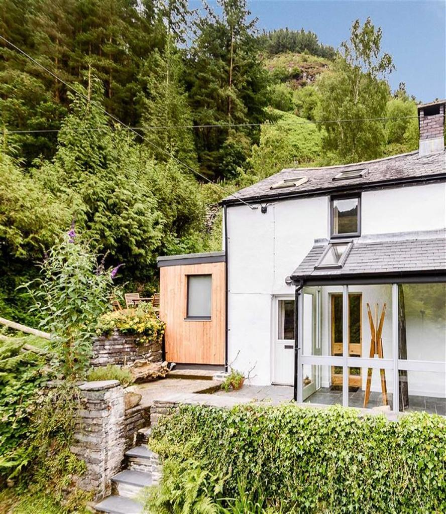 2 Bedrooms Cottage House for sale in 5, Penrhos Cottages, Corris, Machynlleth, SY20
