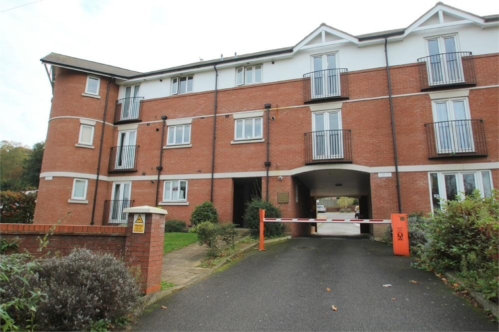 2 Bedrooms Flat for sale in 5 Gippeswyk Avenue, IPSWICH, Suffolk
