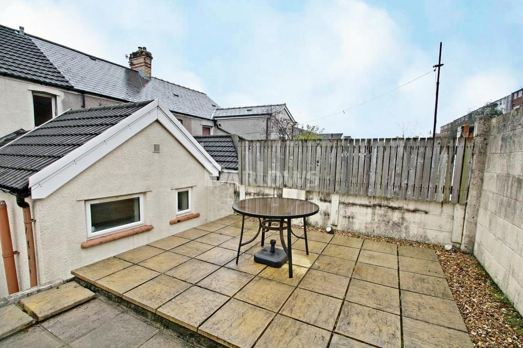 3 Bedrooms Terraced House for sale in Barry Road, pwllgwaun
