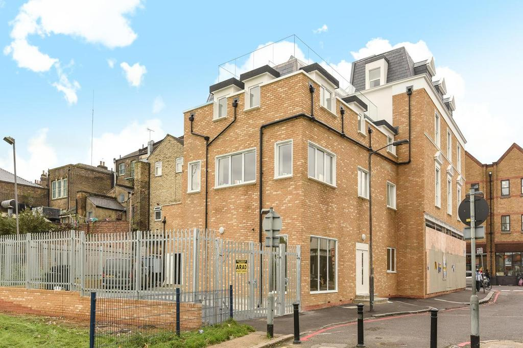 2 Bedrooms Flat for sale in Peckham High Street, Peckham