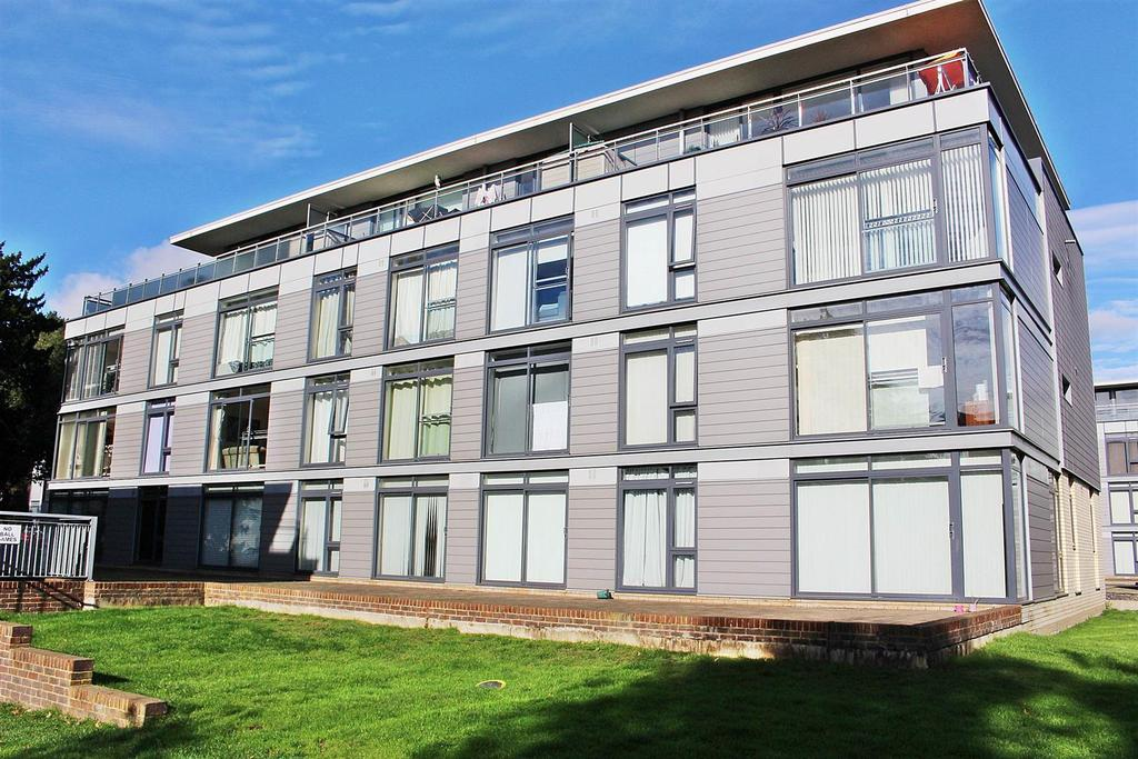 1 Bedroom Flat for sale in Hatfield Road, St. Albans