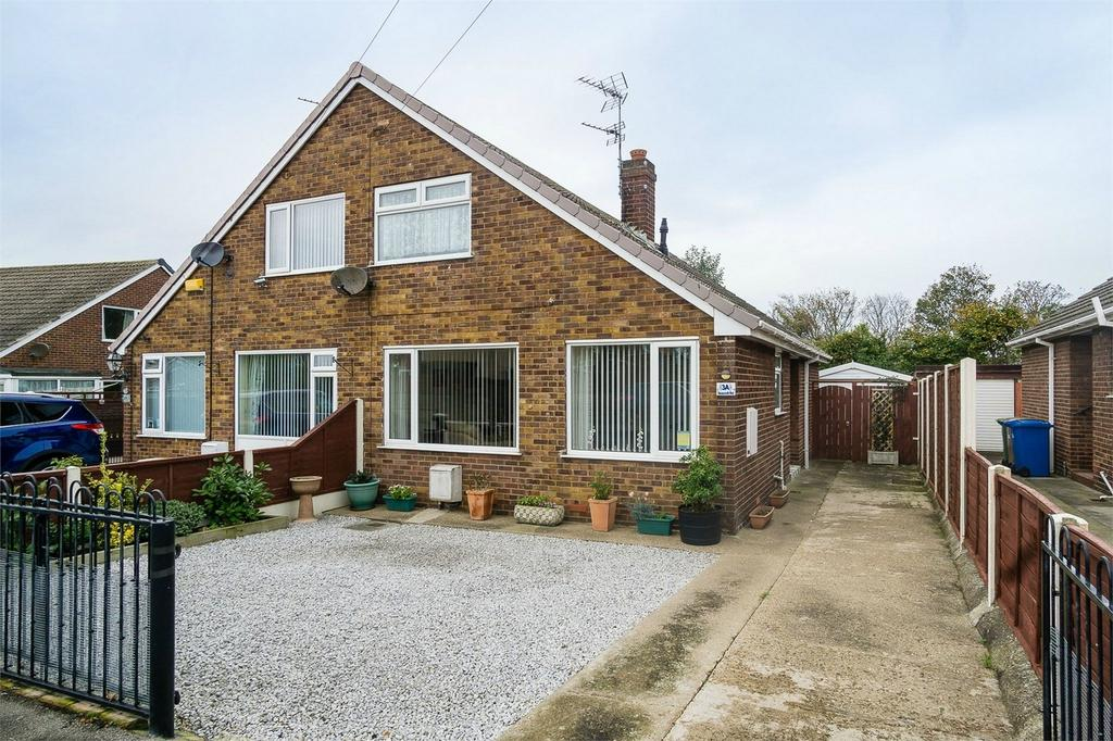 3 Bedrooms Chalet House for sale in Seacroft Road, Withernsea, East Riding of Yorkshire