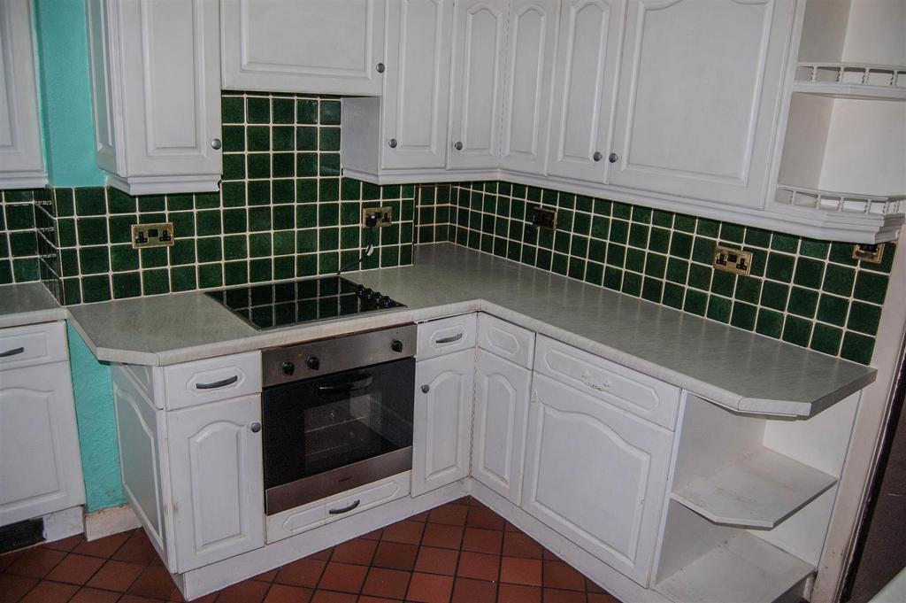 2 Bedrooms Terraced House for sale in Bivel Street, Burnley