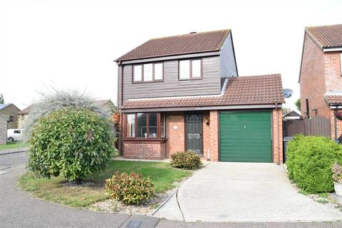 3 bedroom detached house for sale - Bouchers Mead, Springfield, Chelmsford