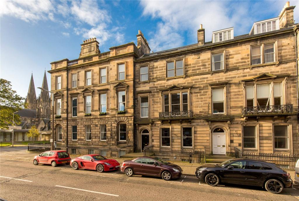 3 Bedrooms Flat for sale in Manor Place, Edinburgh