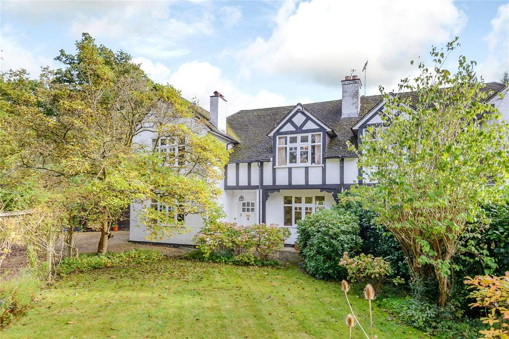 4 Bedrooms Semi Detached House for sale in Hatton Hill, Windlesham, Surrey