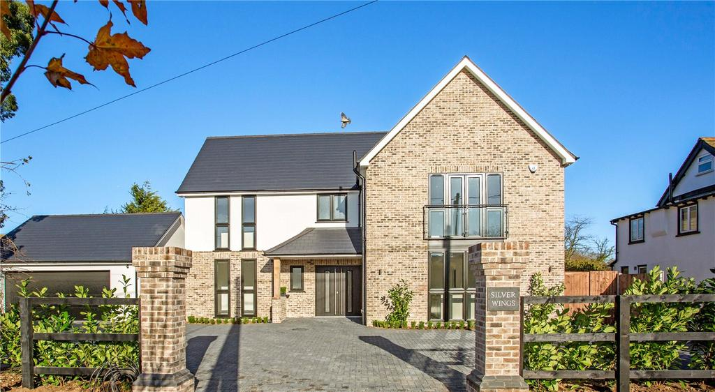 4 Bedrooms Detached House for sale in Silver Wings, Stoney Hills, Burnham-on-Crouch, Essex, CM0