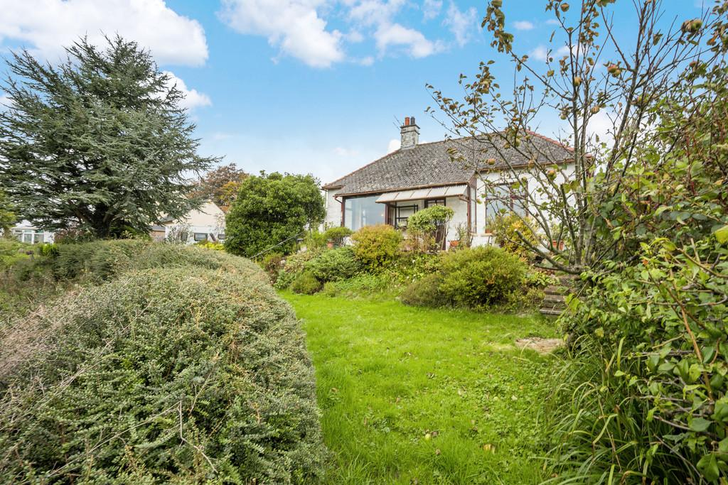 2 Bedrooms Detached Bungalow for sale in Braken Ridge, Woodhouse Lane, Heversham, Milnthorpe, Cumbria, LA7 7EW
