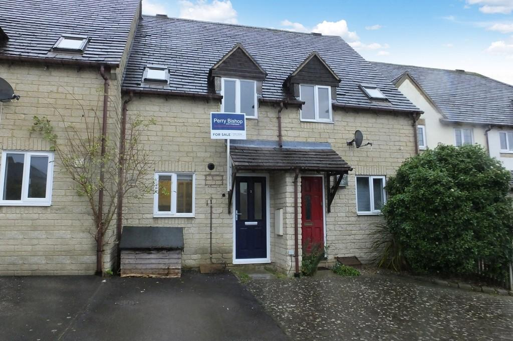 2 Bedrooms Terraced House for sale in Chalford, Stroud