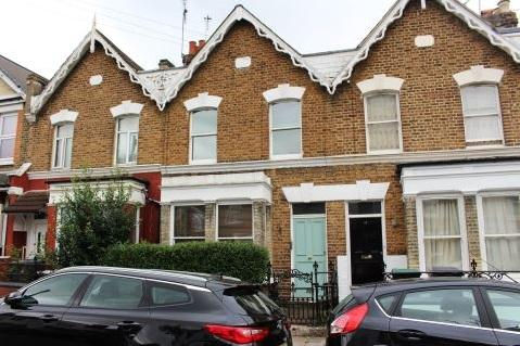 3 Bedrooms Flat for sale in Candler street, Tottenham