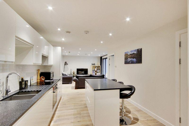 1 Bedroom Flat for sale in Horsham Gates, North Street, Horsham