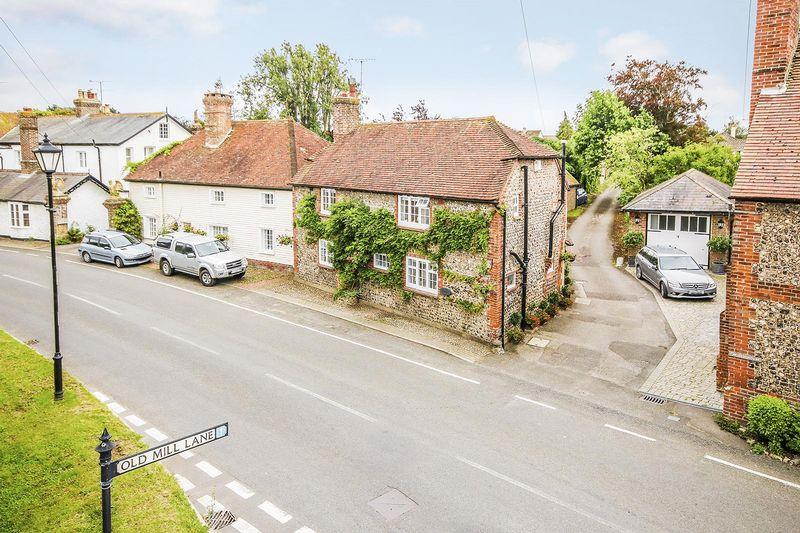 3 Bedrooms Detached House for sale in Angmering