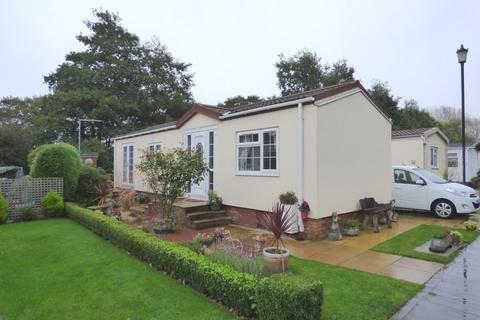2 bedroom mobile home for sale - Lodgefield Park, Baswich, Stafford