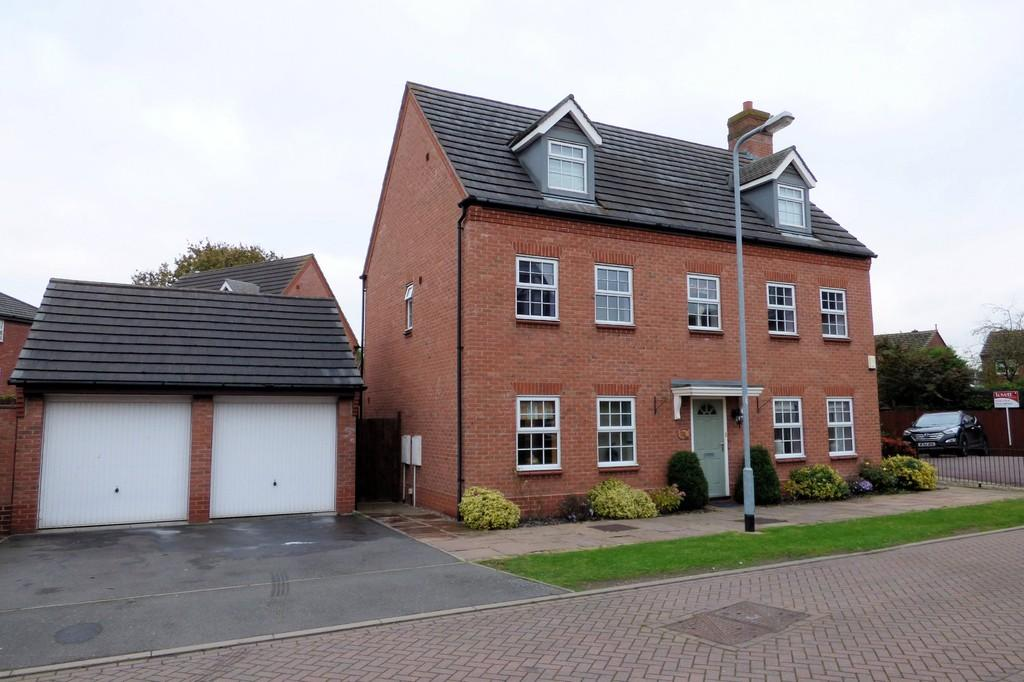 5 Bedrooms Detached House for sale in Barlow Drive, Fradley