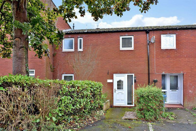 3 Bedrooms Town House for sale in Lapwing Grove, Runcorn