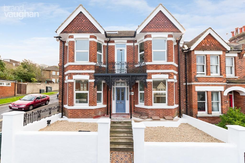 6 Bedrooms Semi Detached House for sale in Elm Grove, Brighton, BN2