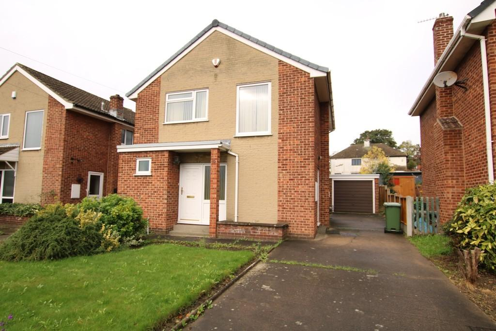 3 Bedrooms Detached House for sale in Lennox Drive, Lupset Park