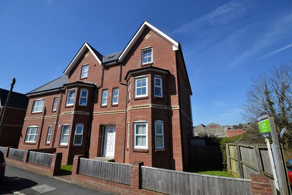 1 Bedroom Apartment Flat for sale in St. Johns Wood Road, Ryde