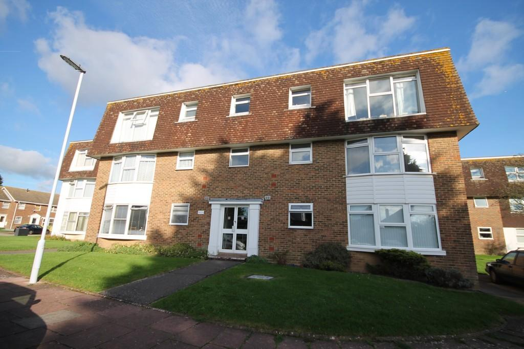 2 Bedrooms Ground Flat for sale in Westlake Close, Worthing BN13 1LE