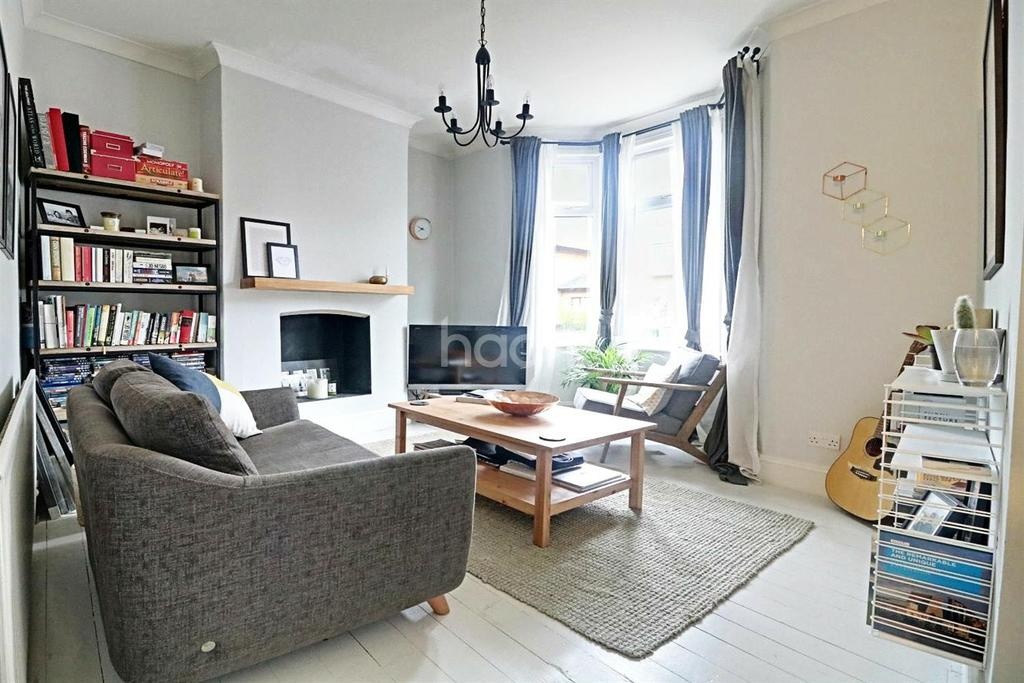 1 Bedroom Flat for sale in Palmerston Road