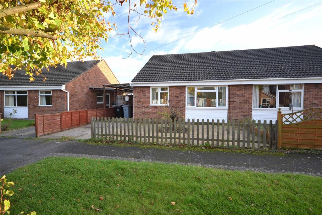 2 Bedrooms Semi Detached Bungalow for sale in Emmanuel Road, Stamford