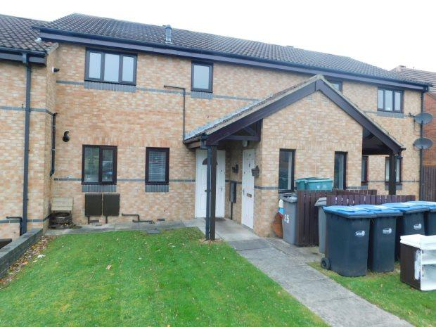 1 Bedroom Flat for sale in WATERSON CRESCENT, WITTON GILBERT, DURHAM CITY : VILLAGES WEST OF