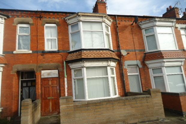3 Bedrooms Terraced House for sale in Winchester Avenue, Leicester, LE3
