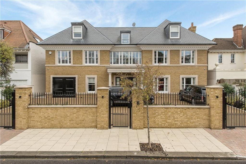 7 Bedrooms Detached House for sale in Roedean Crescent, London, SW15