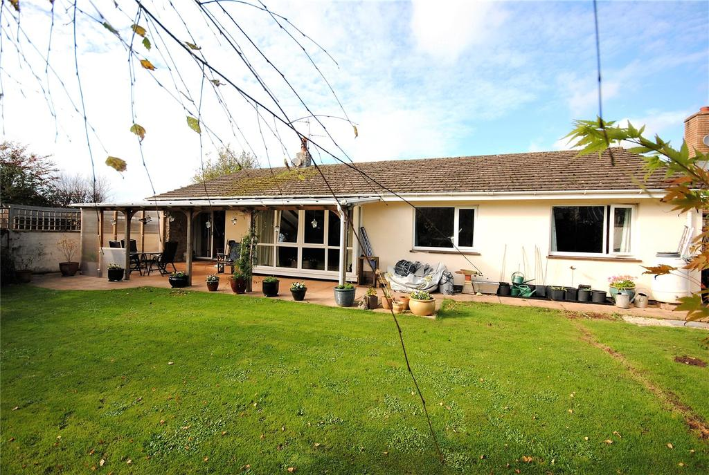 3 Bedrooms Detached Bungalow for sale in Copper Close, Cheddar, Somerset, BS27