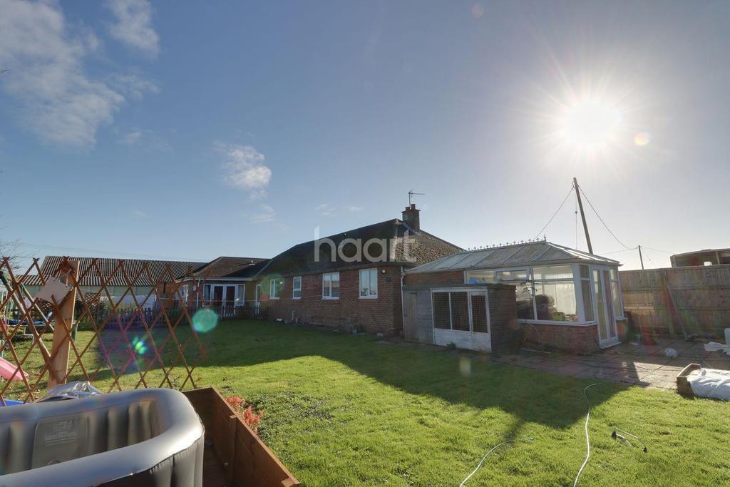 5 Bedrooms Bungalow for sale in Doddington