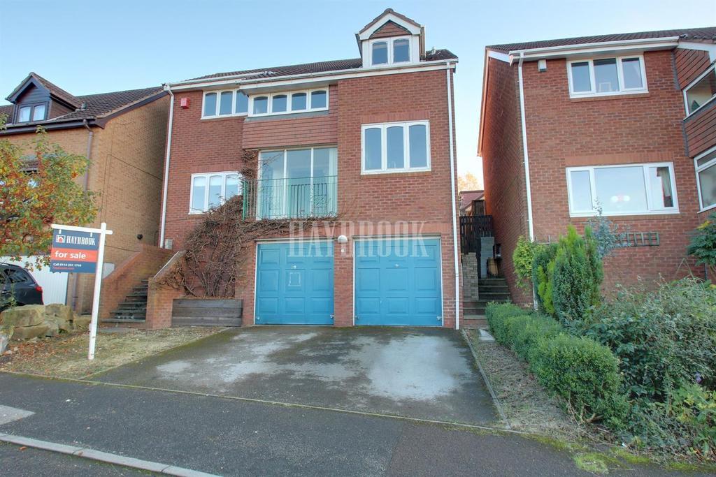 4 Bedrooms Detached House for sale in Ivyside Close, Killamarsh