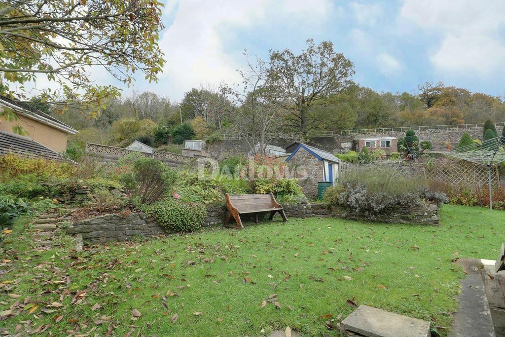 4 Bedrooms Semi Detached House for sale in Fir Tree Cottage, Royal Oak, Machen