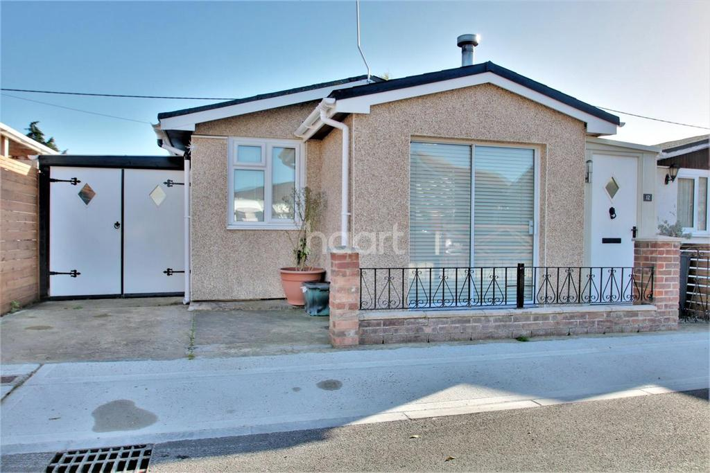 2 Bedrooms Bungalow for sale in Daimler Avenue