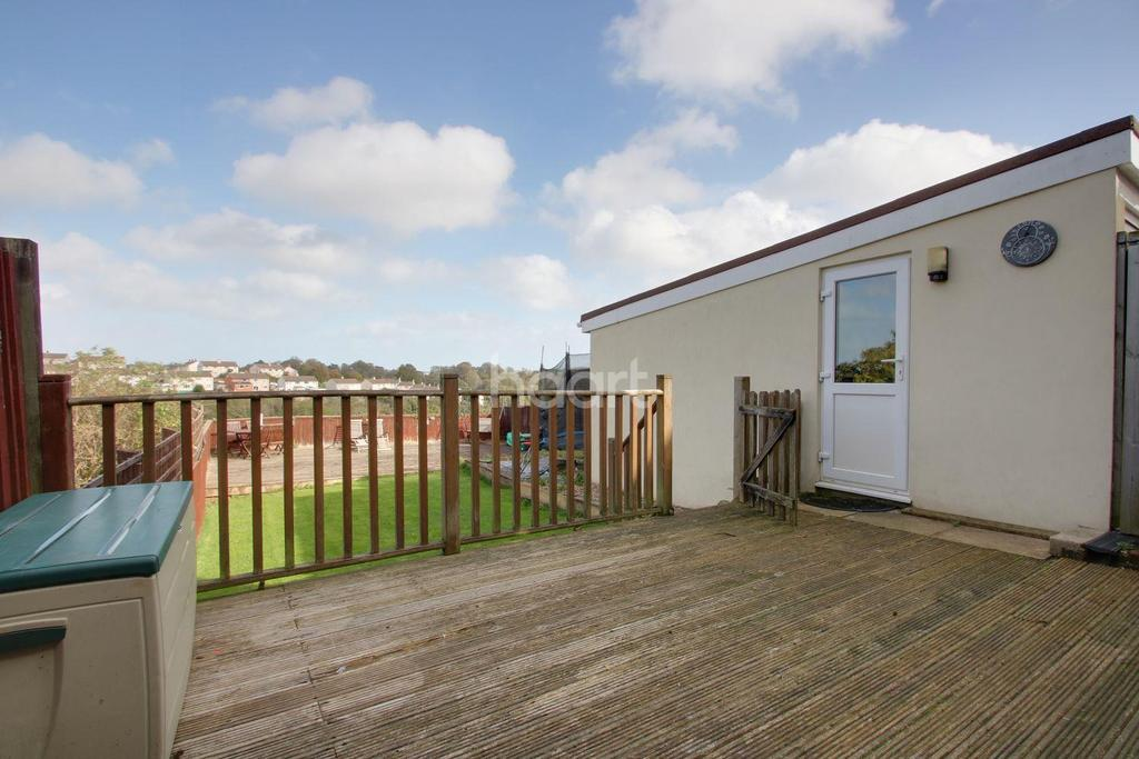 3 Bedrooms Semi Detached House for sale in Highland Road, Torquay