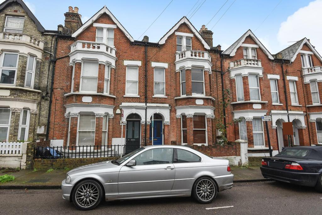 1 Bedroom Flat for sale in Hemberton Road, Clapham