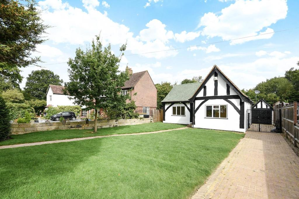3 Bedrooms Bungalow for sale in Bushey Road, Croydon