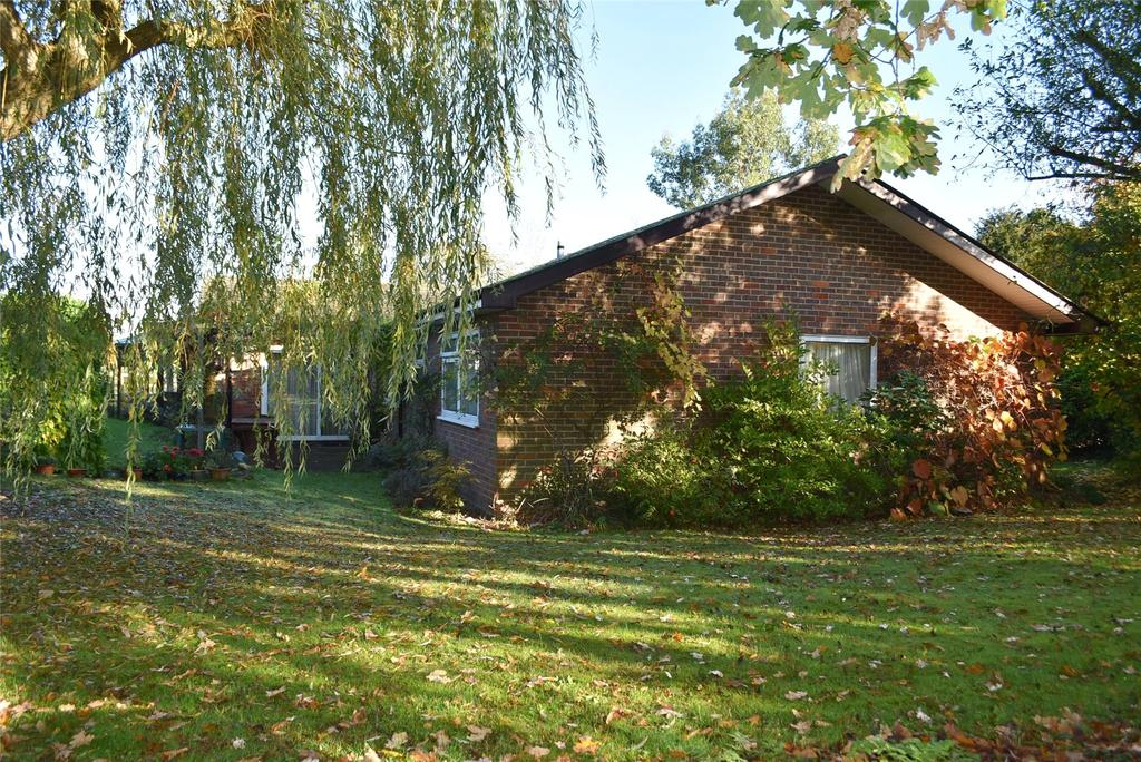 4 Bedrooms Detached Bungalow for sale in Smithfield End, Swanbourne