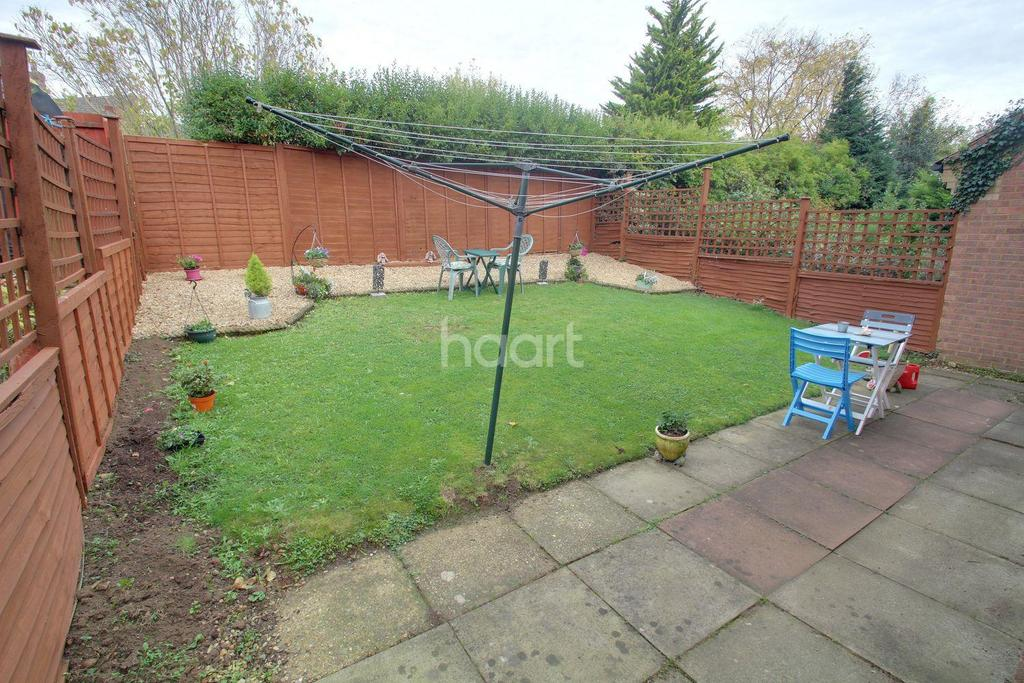 3 Bedrooms Detached House for sale in Melrose Drive, Fletton, Peterborough