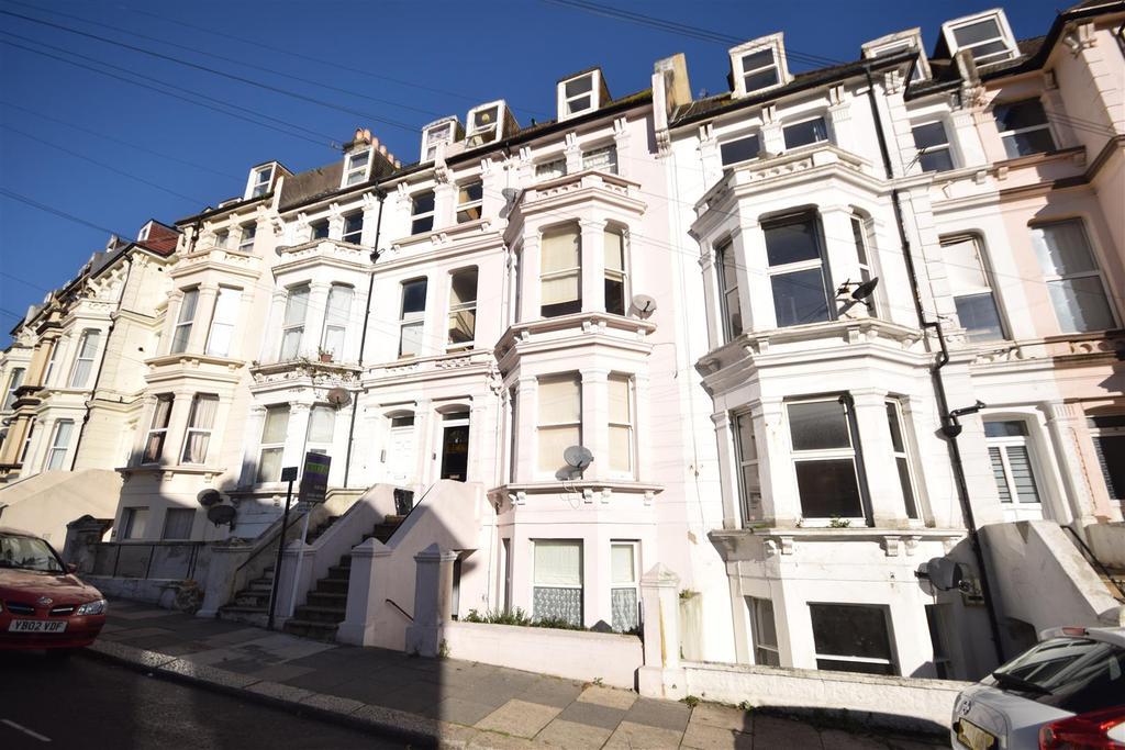 1 Bedroom Flat for sale in Cornwallis Terrace, Hastings