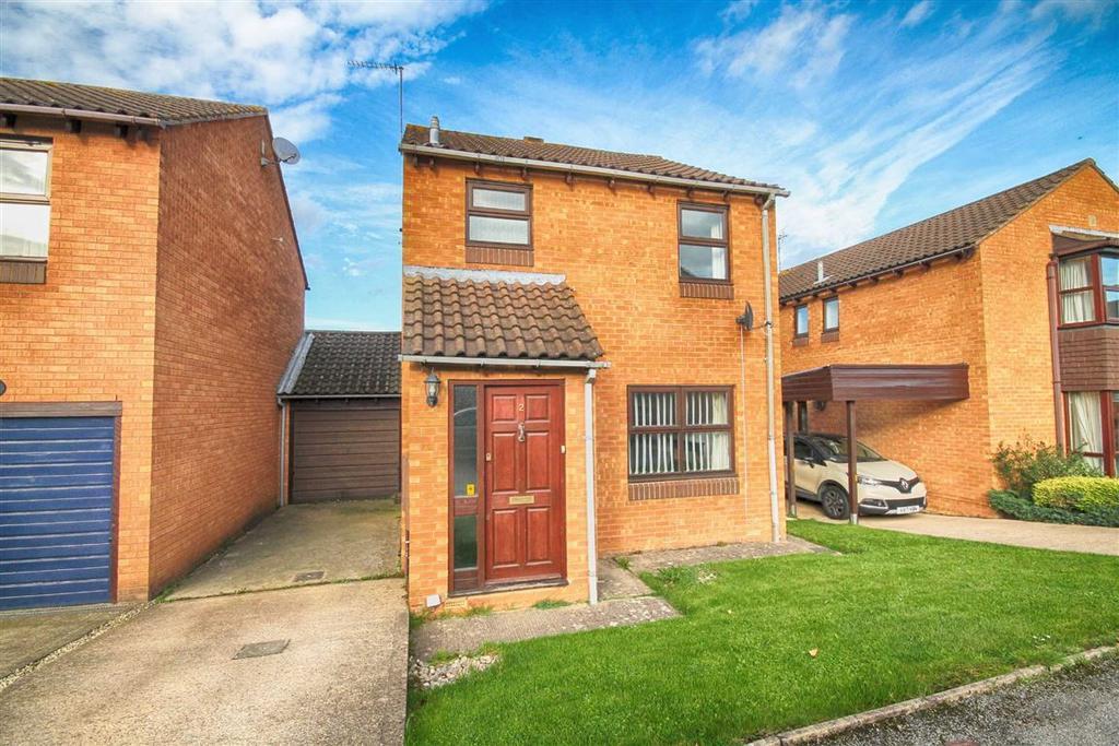 3 Bedrooms Detached House for sale in Apple Close, Prestbury, Cheltenham, GL52