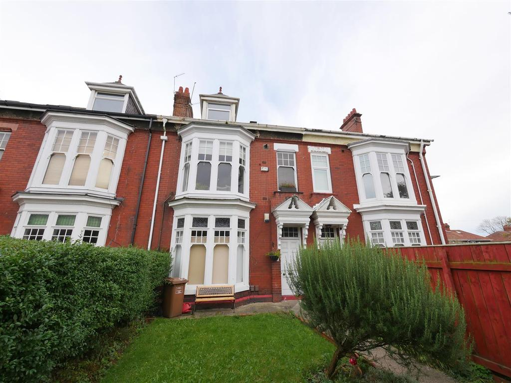 2 Bedrooms Flat for sale in Rowlandson Terrace, Sunderland