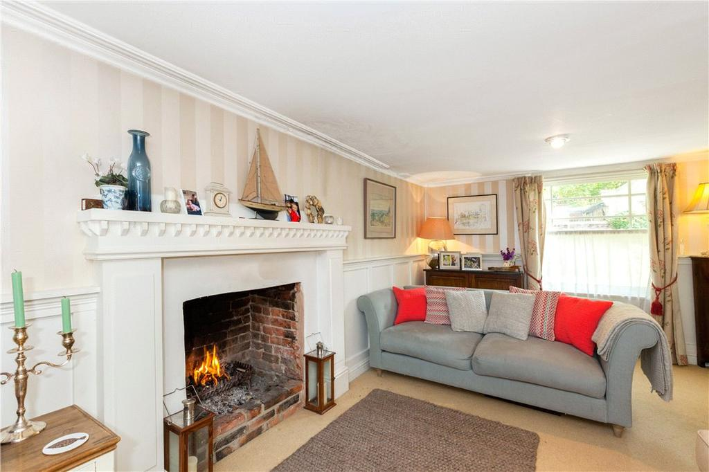 3 Bedrooms House for sale in Kingston Road, Shalbourne, Marlborough, Wiltshire, SN8
