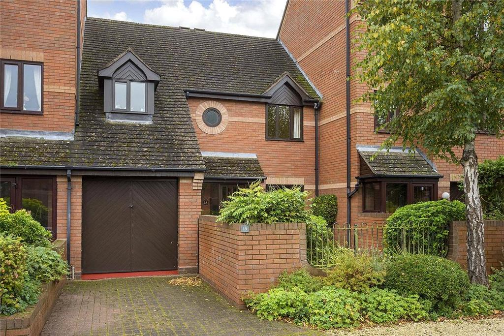 4 Bedrooms Town House for sale in Lock Close, Stratford-upon-Avon, CV37