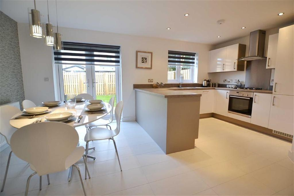 3 Bedrooms Detached House for sale in The Hallows, Burnley, Lancashire