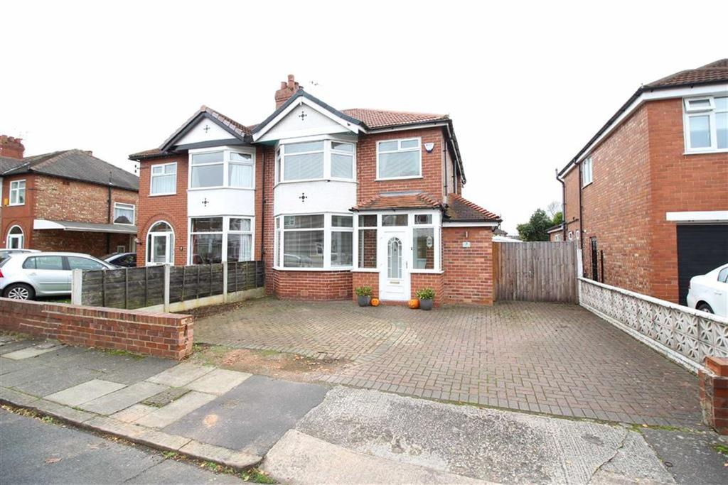 3 Bedrooms Semi Detached House for sale in Appleton Grove, Sale