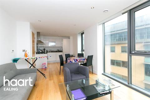 2 bedroom flat to rent - Arc Tower, Ealing, W5