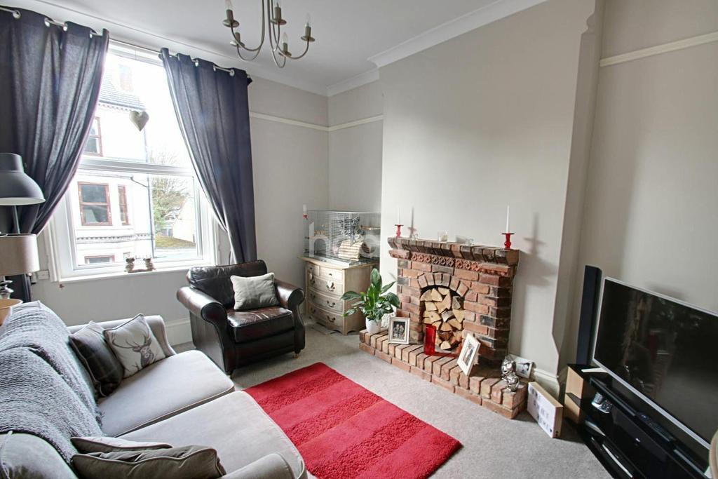 1 Bedroom Flat for sale in Lorne Grove, Radcliffe-on-Trent, Nottinghamshire