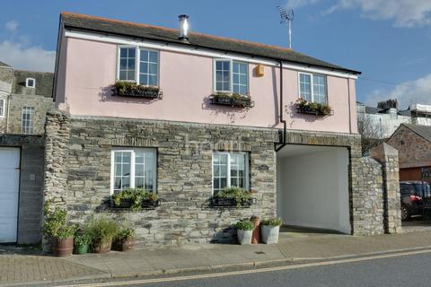 2 bedroom cottage for sale - Cremyll Street, Stonehouse