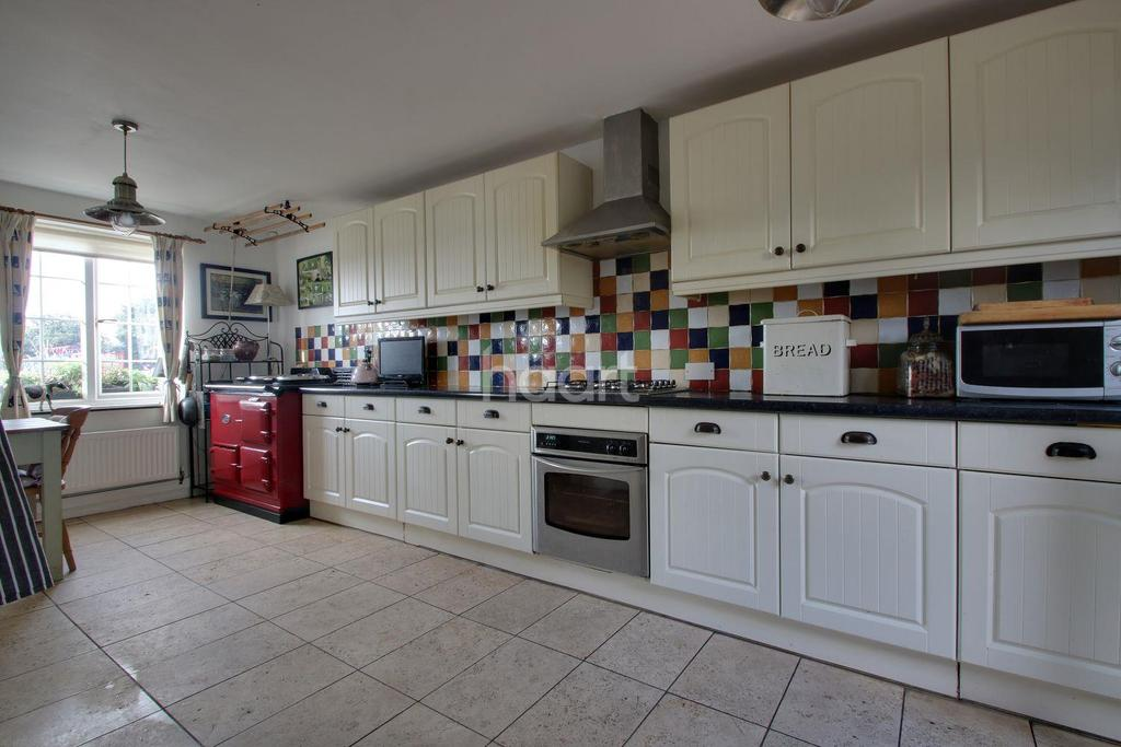 2 Bedrooms Cottage House for sale in Cremyll Street, Stonehouse