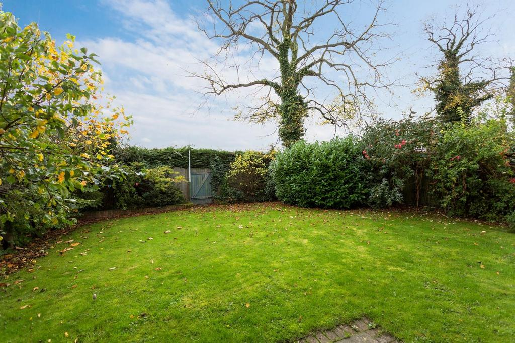 Chapel Close North Duffield Selby 4 Bed Detached House